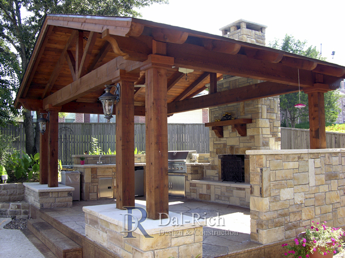 Dallas landscape architects outdoor kitchens fireplaces for Outdoor kitchen covered patio